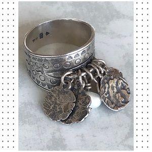 Silpada .925 Sterling Silver Pearl Cha-Cha Ring